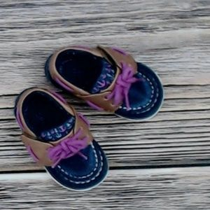 Sperry baby shoes